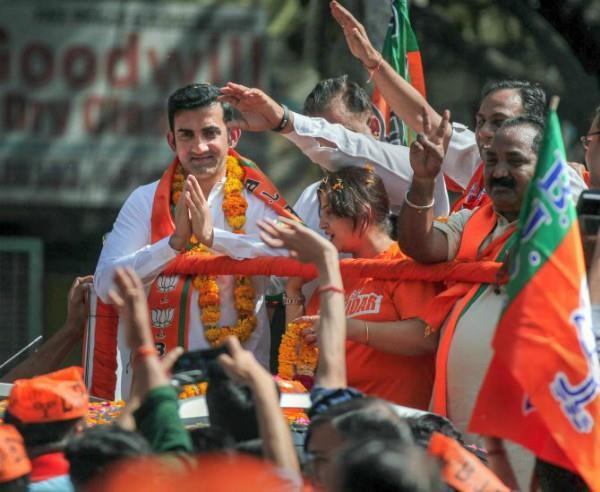 gautam gambhir challenges kejriwal to debate