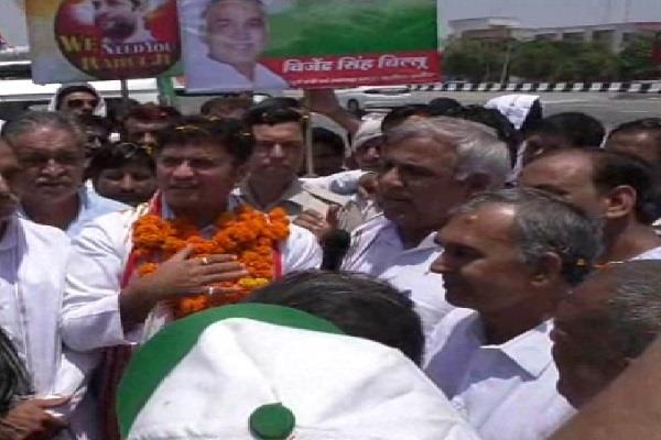 ashok tanwar targets media for defeat of congress
