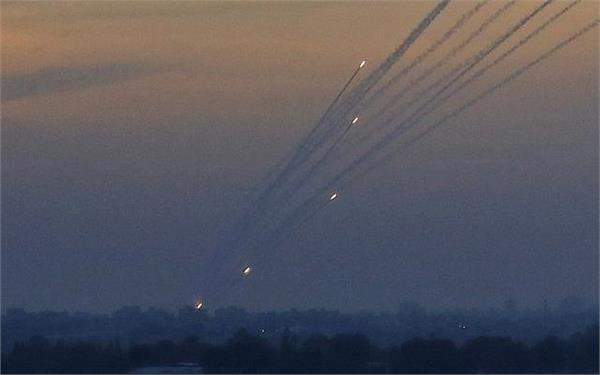 600 rockets fired from gaza israel responds with airstrikes