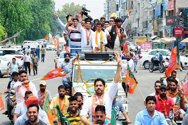 gautam gambhir road show flops ends in 5 minutes