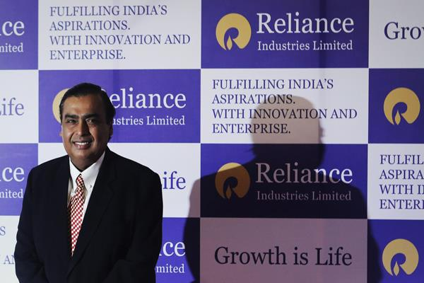 ril india s biggest company in revenues lags behind indian oil