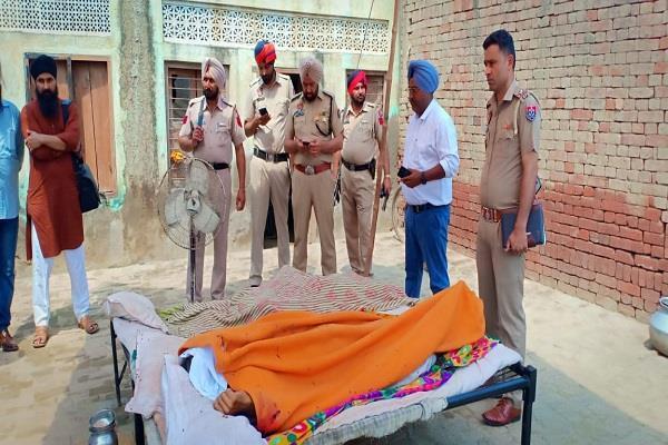 3 members of family killed tarntaran