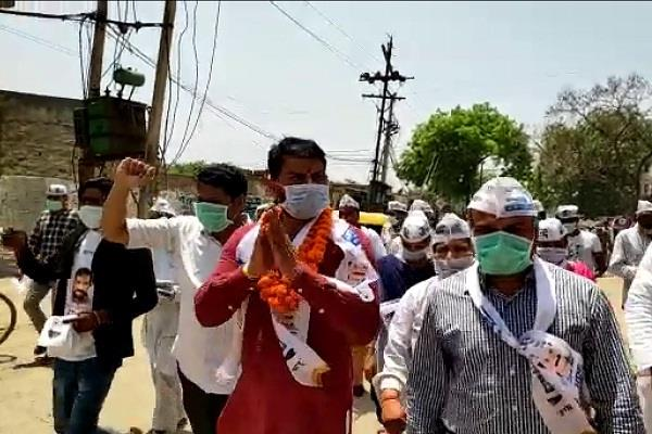 naveen jaihind encircles bjp masks on face campaign campaign