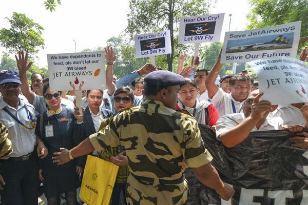 jet staff knock on aviation ministry s doors