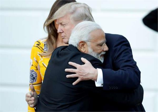 trump tweets india lucky to have modi