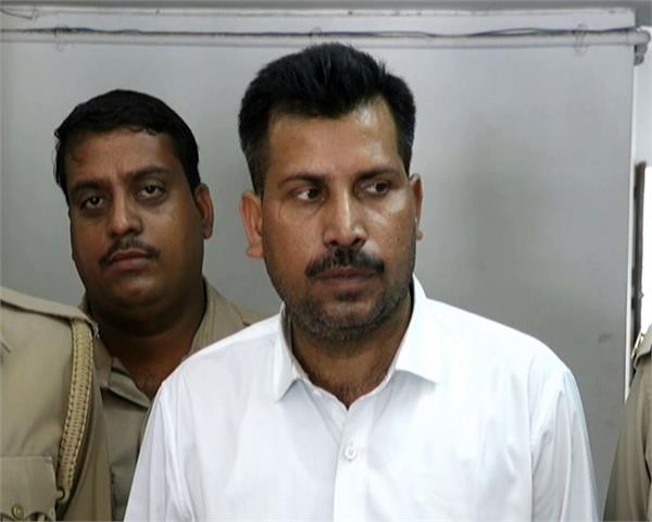 kanpur police arrested fake army colonel