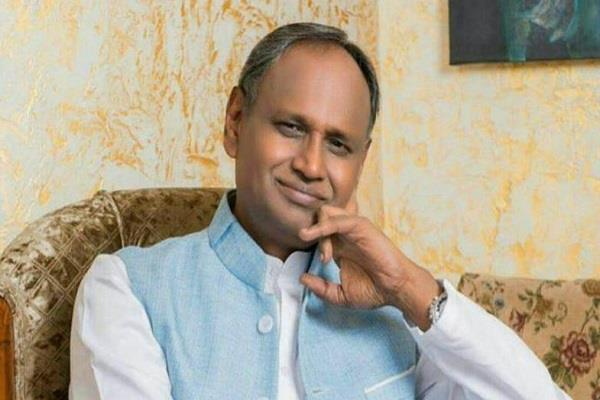 udit raj told modi supporters uneducated