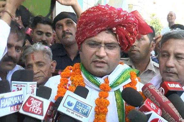 tanwar said political sudarshana chakra will run by rahul gandhi in haryana