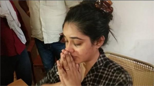 aashik made bhojpuri film actress hostage police arrested