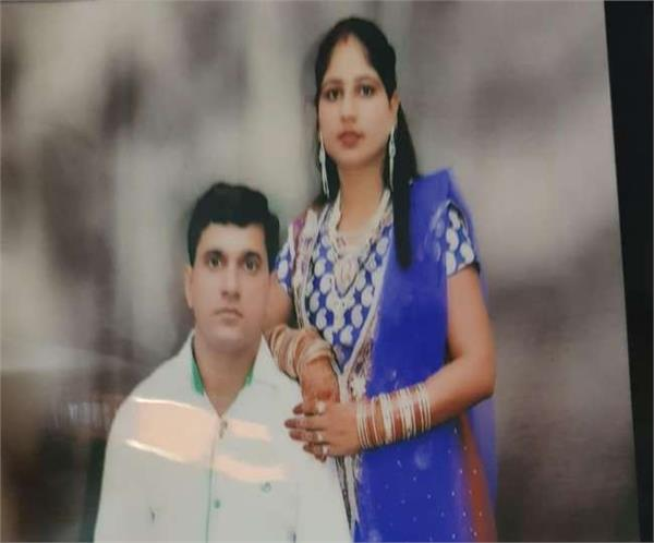 meerut a woman s body found on the fourth floor of apartment