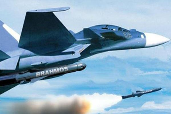 air launch version of supersonic cruise missile brahmos tested by airforce