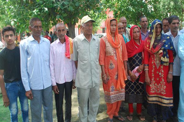 people demand solution of problems in kathua village