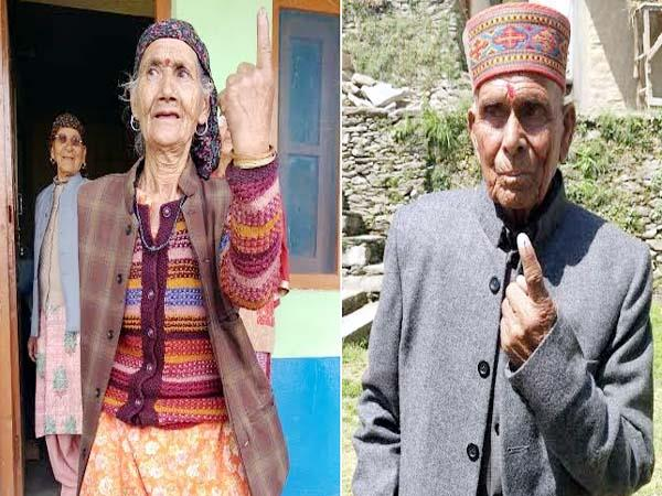 elderly men showed up with youth in mandi