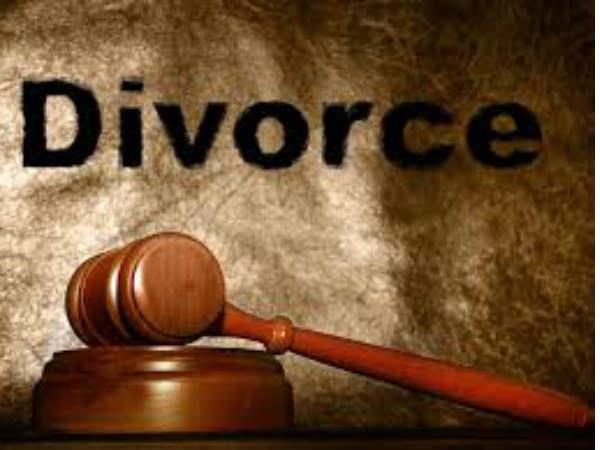 after divorce wife stop husband for chasing he beat the wife
