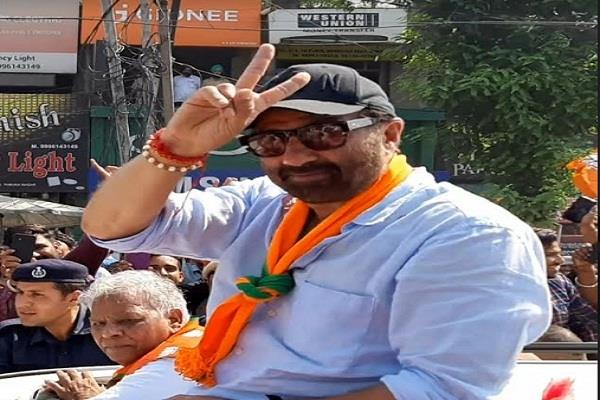 sunny deol made roadshow for feeding lotus in sirsa and yamunanagar
