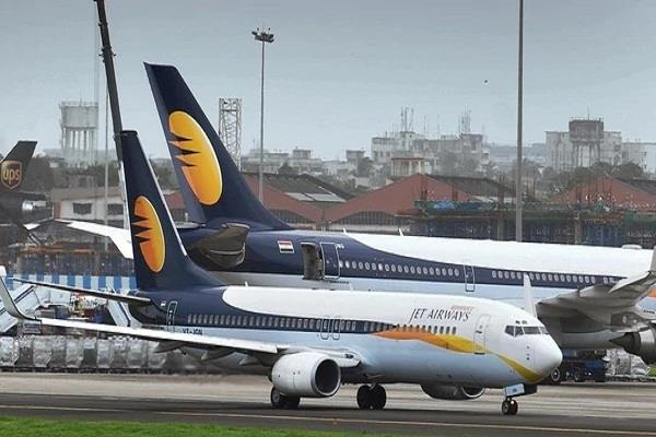 jet airways secretary also resigns after cfo ceo