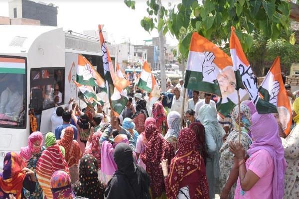 hooda s promise to sell suneepat in kharkhoda with metro  whistle