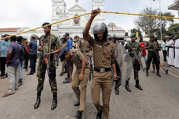 sri lankan president extended emergency one month