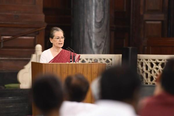 congress will return again sonia gandhi