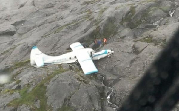 3 dead 1 critically injured in alaska plane crash
