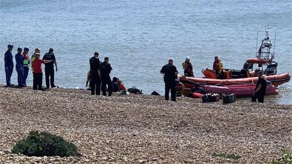 uk intercepts 74 migrants crossing english channel