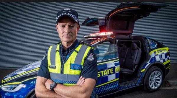 victoria police add all electric tesla x to highway patrol