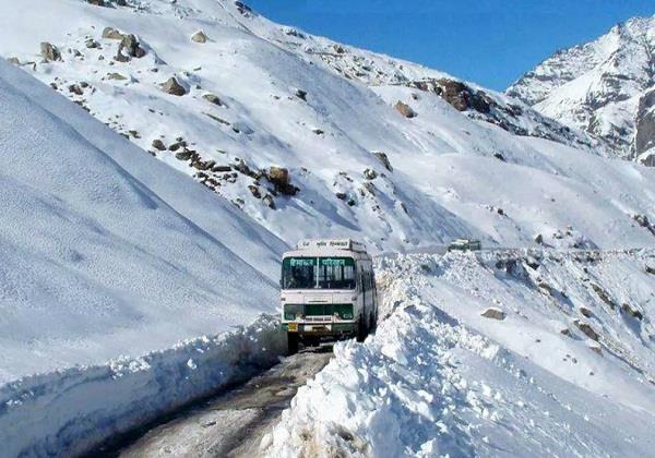 world highest route bus the 4 cross dangerous passes