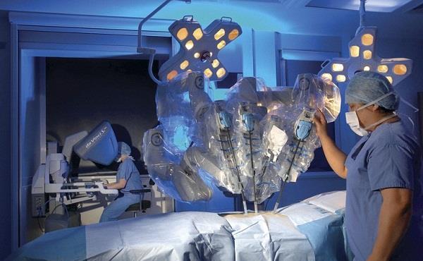 chinese surgeons conduct remote surgery using 5g technology