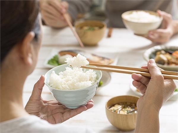 Health Alert! चावल में होता है खतरनाक जहर, पकाने से पहले बरतें सावधानी