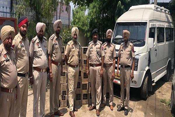 90 boxes liquor recovered