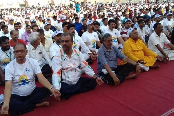 bjp jdu ministers done yoga with governor