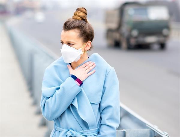 प्रदूषण की वजह से खराब हो रहे हैं फेफड़े, जानें कैसे रख सकते हैं इनका बचाव