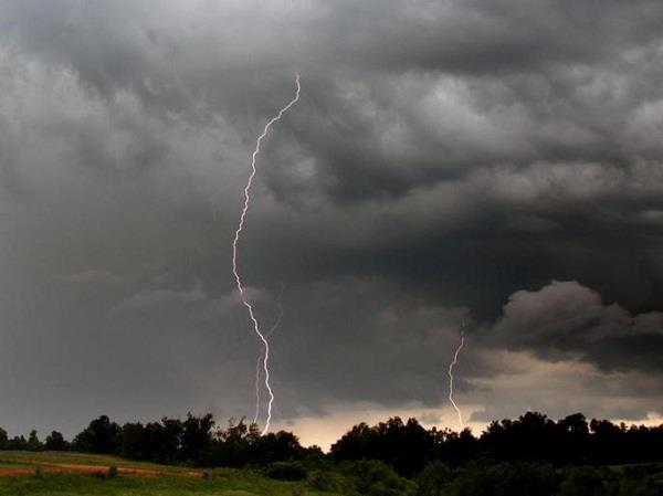 warning of storm and sky power in punjab