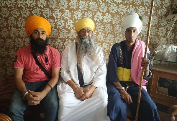 delhi sikh auto driver