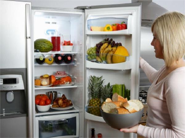 Health Update: स्वाद ही नहीं, सेहत भी बिगाड़ देती हैं फ्रिज में रखी ये 12 चीजें
