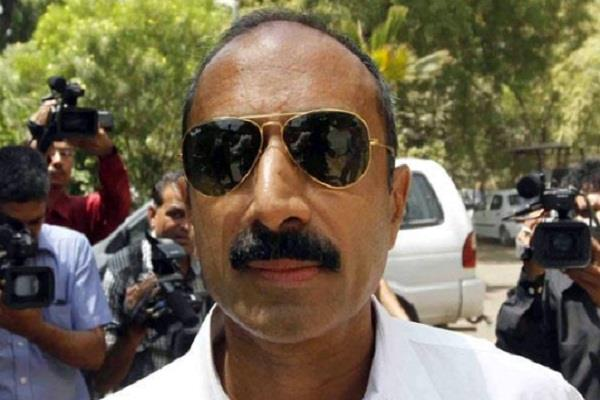 sacked ips sanjiv bhatt gets life imprisonment in 1989 custodial death case