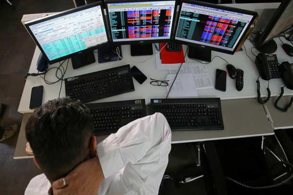 sensex closes 86 points and nifty rises 26 points with marginal gain