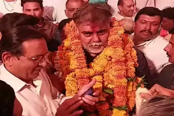 prahlad patel who arrived in gotegaon for the first time as a minister