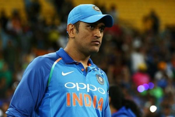 cricketer mahendra singh dhoni s house stolen police arrested 3 people