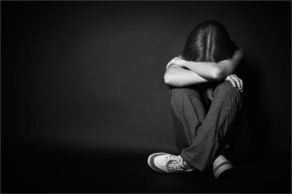 डिप्रैशन बन रहा है औरतों में हाई बी पी और शुगर जैसी बीमारियों का कारण