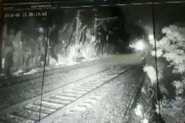 cctv mumbai pune railways sunil udasi