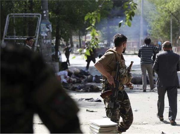 afganistan 3 blasts in kabul 1 killed and many hurts
