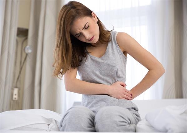 महिलाओं के बांझ होने की एक वजह है रसौली, शुरुआती संकेत पहचानें और जानें देसी उपचार