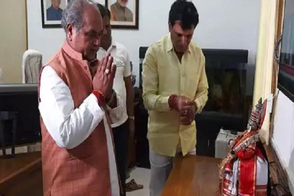 narendra singh tomar handled his work