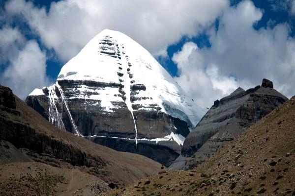 jaishankar announces the launch of kailash mansarovar yatra