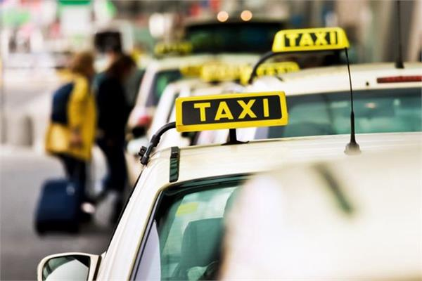 german couple leaves newborn baby in a taxi