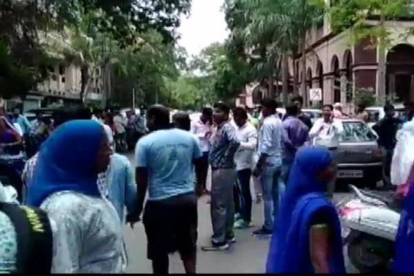 opposition activists opened fire against municipal