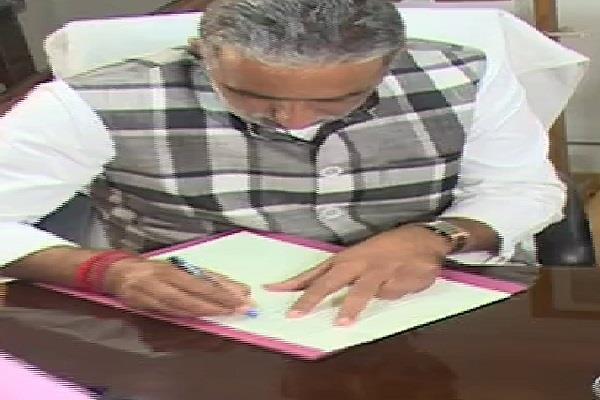 union minister of state shri krishnpal gurjar takes charge