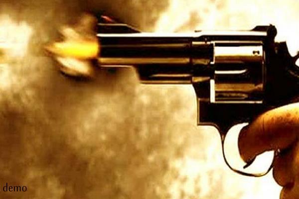 crooks firing on the dhaba killing 2 women