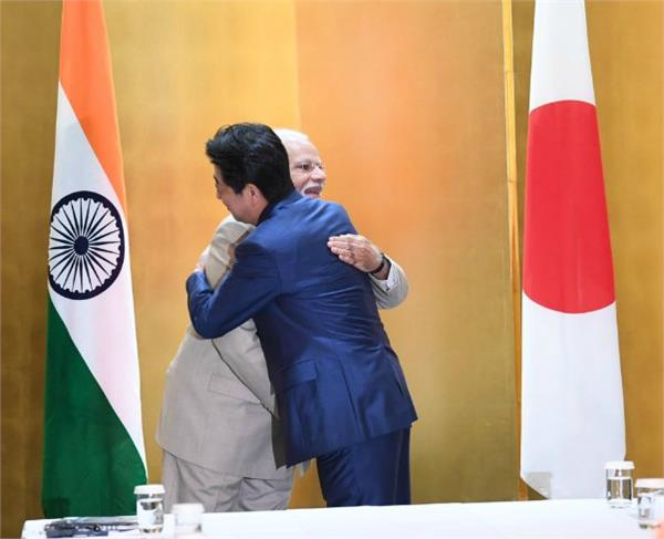 pm modi tweeted in japanese for friend shinzo abe